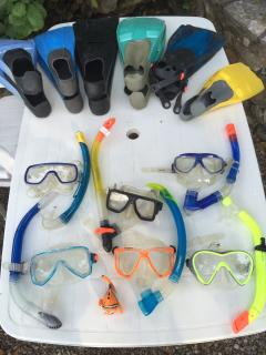Snorkels, goggles, and flippers plenty for everyone.