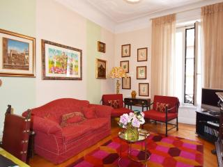 Casa Broggi - Two bedroom apartment next to shopping district