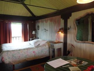 Hotel-jardin Son de Mar ( el hotel mas pequeño de España ), Quintueles