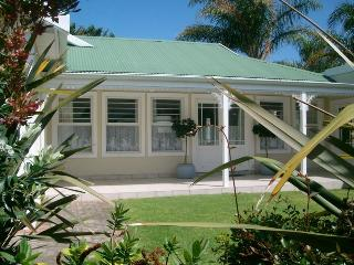 House in upmarket Riverclub Plettenberg Bay