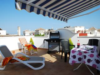 Fantastic private terraces with barbecue just 200mt from Balcon de Europa