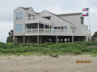 Beachfront Home with Unobstructed Gulf View, Galveston