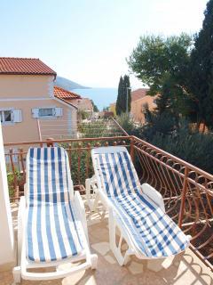 A2(6+2)-Gornji: terrace
