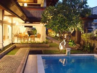 Modern yet Homey Accommodation, Tuban