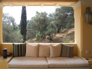 ARIEL-Comfortable and stunning views on top of IL GIARDINO SEGRETO DI PROSPERO