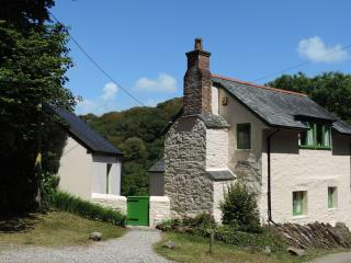 Rock Cottage, Mawgan, Helford River, Cornwall, UK.