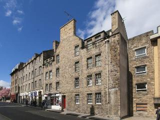 Canongate 123, Royal Mile