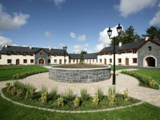 Mount Falcon,Courtyard Lodges, Ballina, Co.Mayo