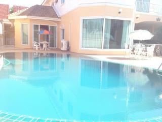 funkyhousevilla, Pattaya