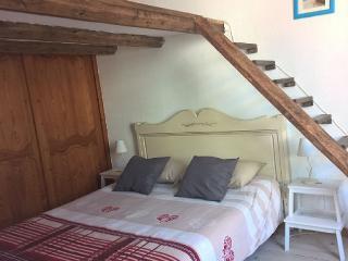Appartement trés calme au coeur du vieux-Nice, Niza
