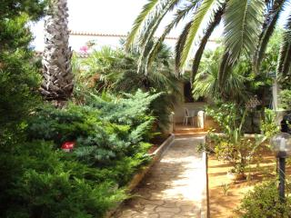 Villa a 100m dalla Baia di Punta Prosciutto