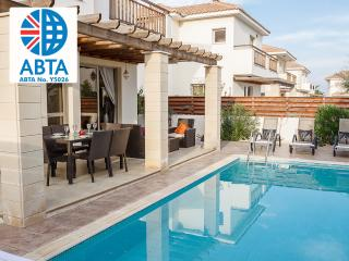 Oceanview Villa 154 - close to amenities and beach, Protaras