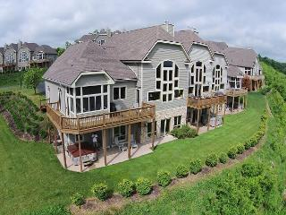 Splendid 4 Bedroom Elegantly furnished home with extraordinary lake views!