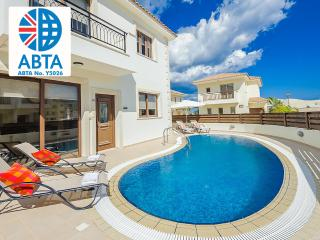Oceanview Villa 165 - very close to the beach, Protaras