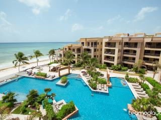 1 BR Beachfront in the Heart of Playa del Carmen!