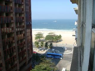 ocean view triple room in copacabana