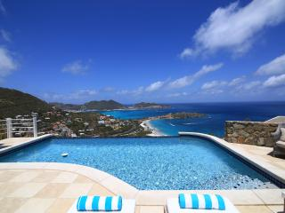 Villa Infinity overlooks the breath taking bay of Phillipsburg, Philipsburg