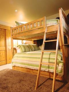 bunk bed room can sleep 5 kids!