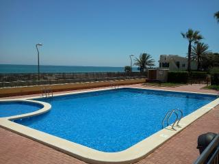 1 Bedroom Beachside Apartment La Manga, Murcia