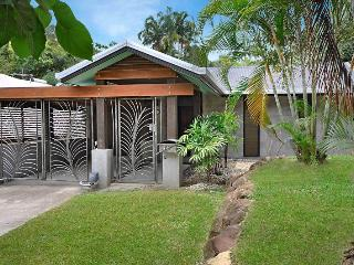 Savu, Palm Cove