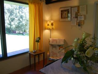 Siena countryside: quiet brigh apartment rental, Monticiano