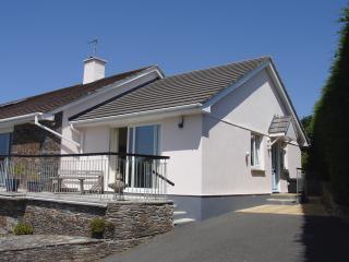 L195 - Edgehill Cottage, Galmpton