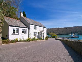 S242 - King Harrys Cottage, Feock