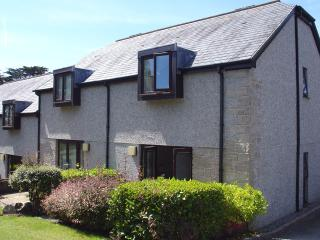 S66 - Bramble Cottage, Falmouth