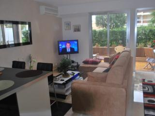STUDIO CENTER CANNES PETIT JUAS, Cannes