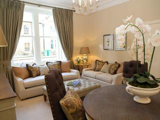 Ground floor apartment near St. Andrews' West Port, St Andrews