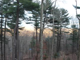 Private, Peaceful Home - Designated Scenic Area, New Milford