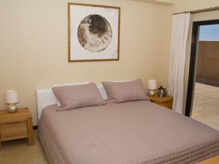2 Bedroom Condo - Diamante 236-B, Noord