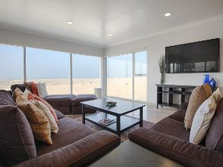 Beautiful Condo Right on the Beach Just South of Venice Pier, Marina del Rey