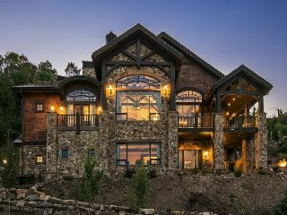 Summit View located in Deer Crest with Ski-In/Ski-Out at Deer Valley with an Indoor Hot Tub and Theatre Room, Heber City