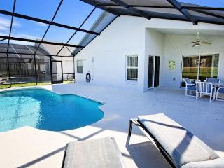 Oasis villa Orlando (own pool & close to Disney), Davenport