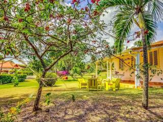 Le Pavillon Jaune, bungalow de charme sur une propriété privée au bord de l'eau
