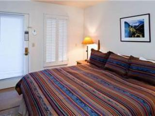 Invitingly Furnished Town Of Telluride 1 Bedroom Condo - VA216