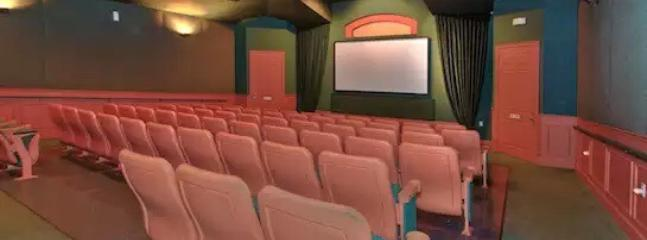 Windsor Palms Resort has a 50 movie theater that shows current DVD movies daily.