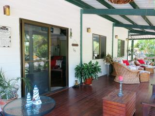 Cool Waters Holiday House, 59 Apjohn Street, Horseshoe Bay, Horseshoe Bay