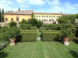 Chianciano Terme Villa Sleeps 24 with Pool - 5874076