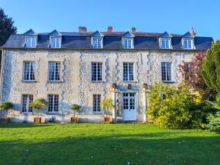 Chateau de Garmeaux, Ognon