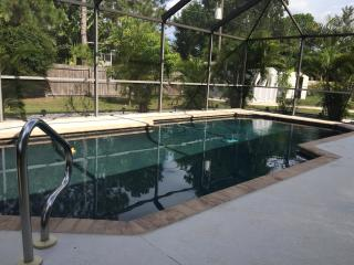 Spectacular 3 bedroom home with private pool, Fort Myers