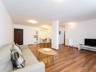 DLX Tel Aviv - Ramat Aviv 2BR Apartment