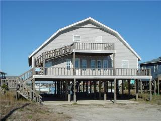 THE BEACH BARN, Topsail Beach