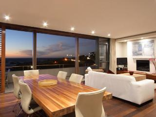 GLEN BEACH VILLAS, Camps Bay
