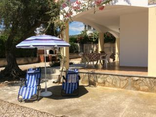 Peaceful villa with private yard, Peñíscola