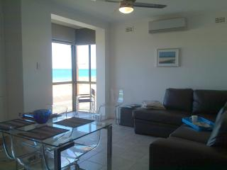 ACUSHLA ACCOMMODATION absolute BEACHFRONT, West Beach