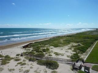 Beachfront 3BR Condo, Top Floor, Corner Unit