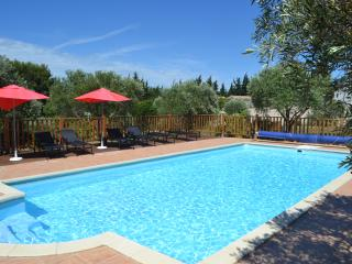 10 x 5m heated pool