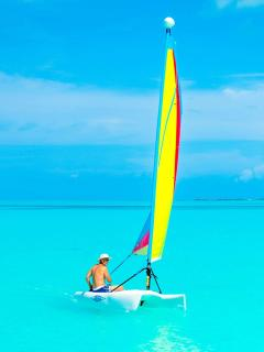 Sailing of Treasure Cay Beach